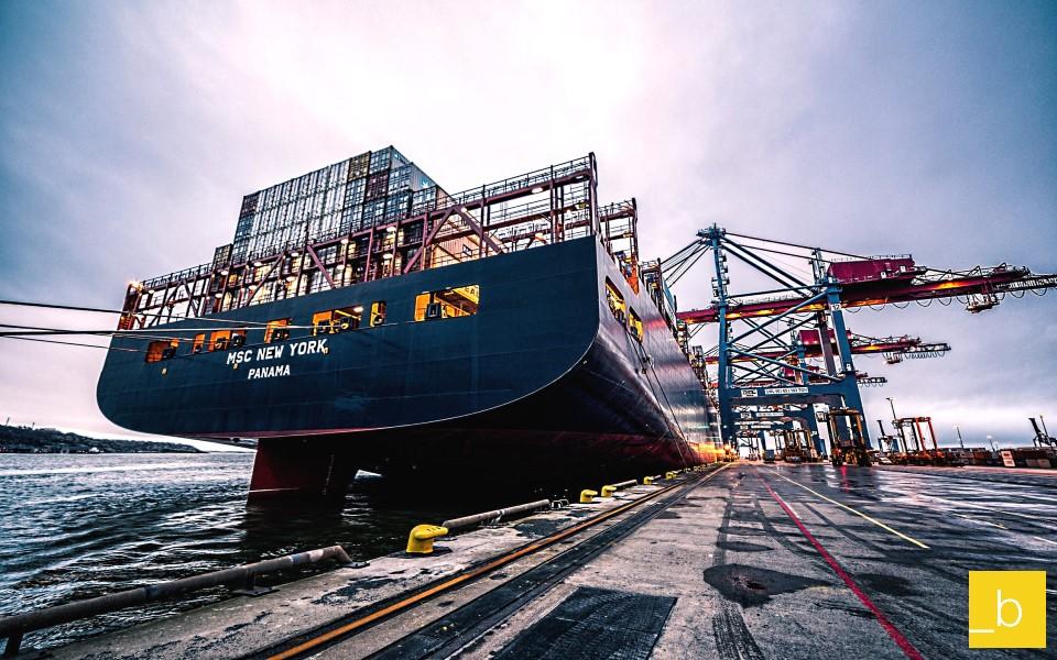 El nuevo consultor de tarifas marítimas de _b first