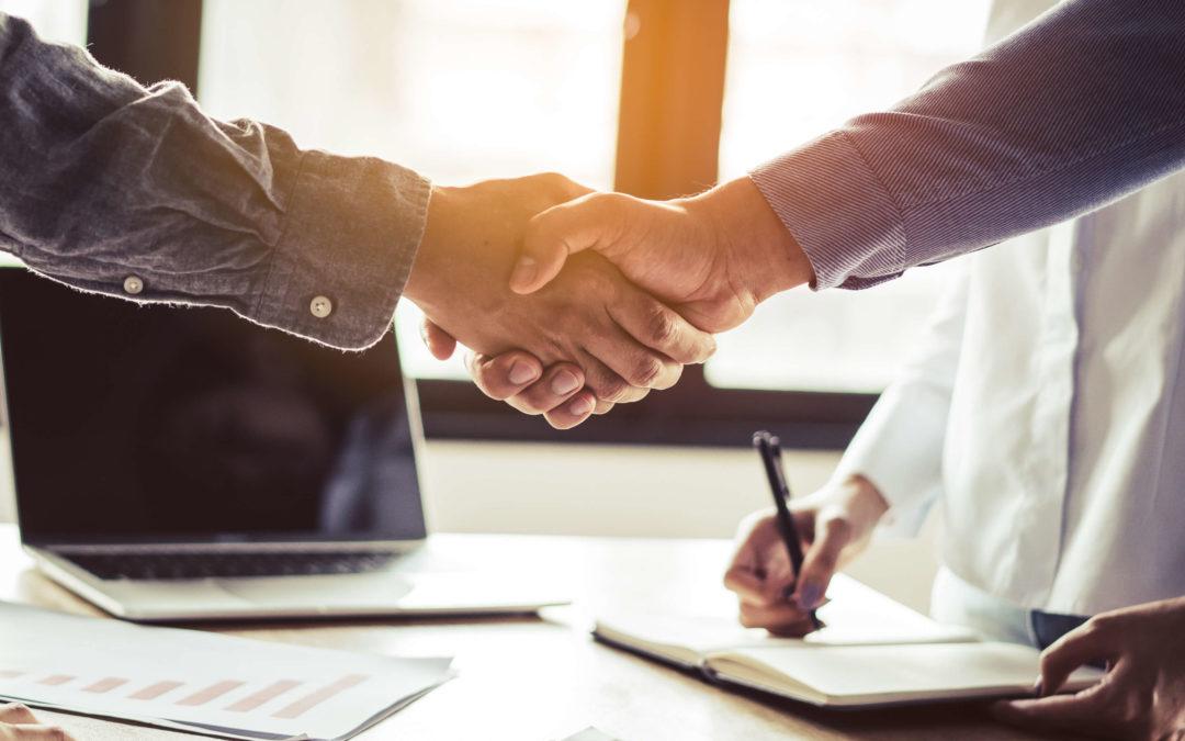El ERP _b first y e-Customs llegan a un acuerdo para mejorar la trazabilidad de las operaciones logísticas a través de blockchain